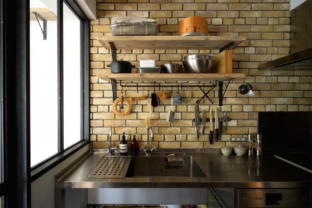 『SEASON』 ― 景色と暮らす、窓のイエ (キッチン)