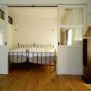 『SEASON』 ― 景色と暮らす、窓のイエの写真 ベッドルーム