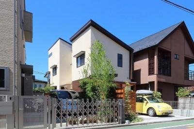 外観 (本と空を愉しむ階段の家|狛江の家)