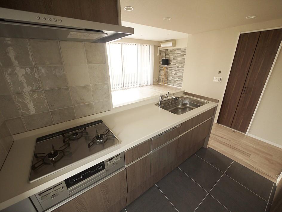 キッチン事例:キッチン(アクセントのある空間づくり)