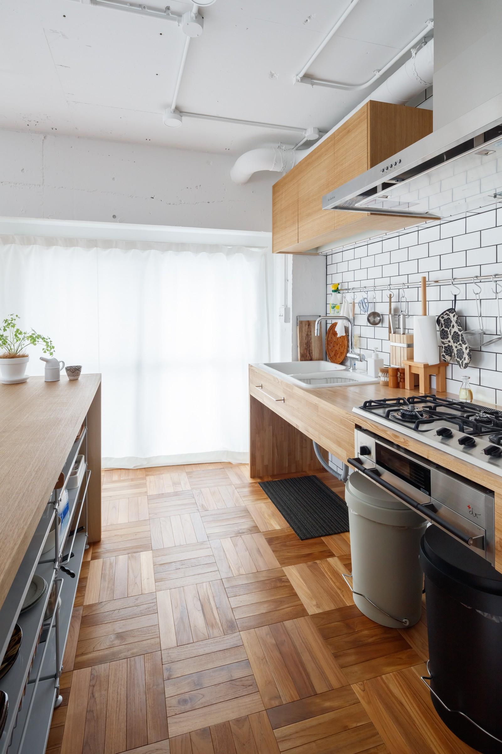 キッチン事例:キッチン(『a new day』 ― むだなく、シンプルに。)