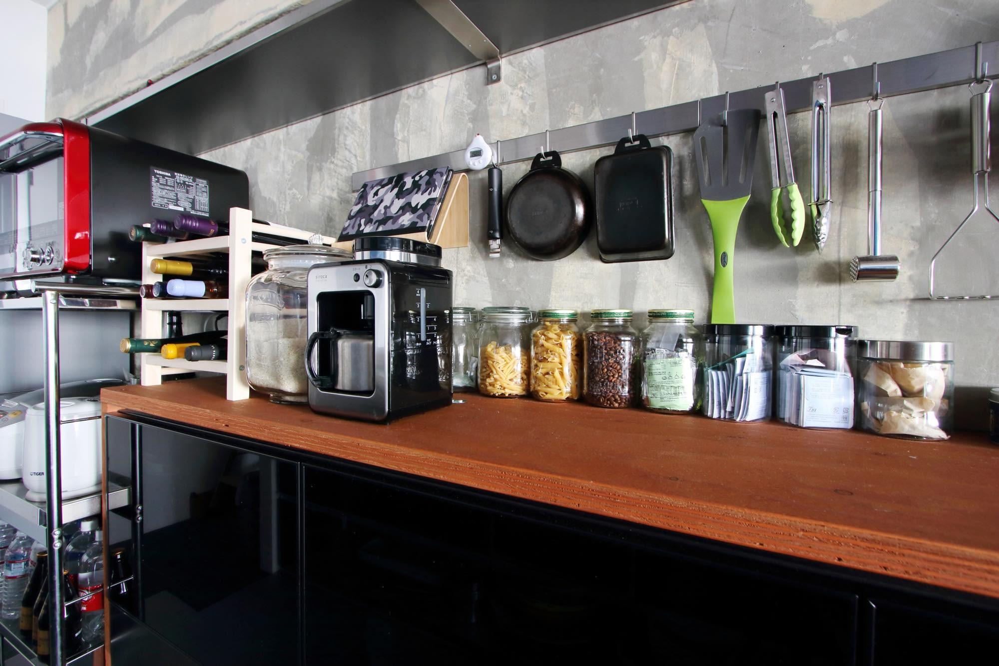 キッチン事例:キッチンバックカウンター(ダイニングテーブルが主役の家)