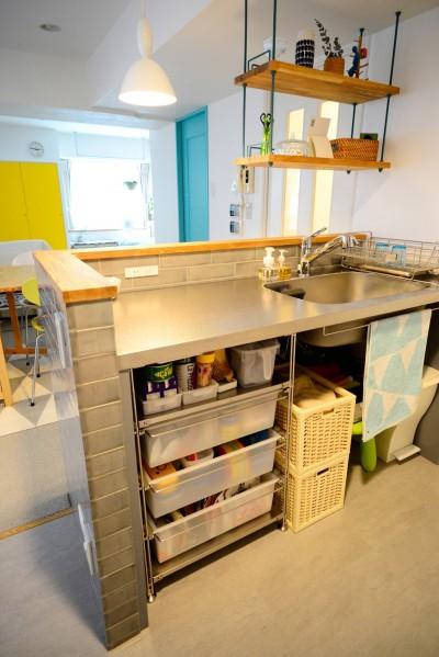 『JIBES』 ― 変えないリノベーション (キッチン)