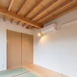 3-BOX 1800万円の家 (寝室の天井見上げ)
