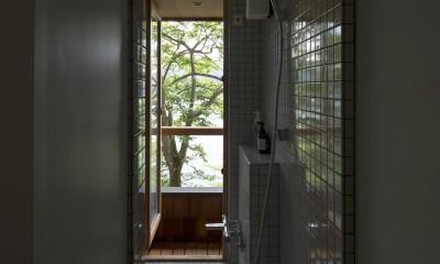 野尻湖の小さな家 (浴室)