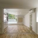 変形地に建つ共同住宅の写真 ペントハウスの部屋