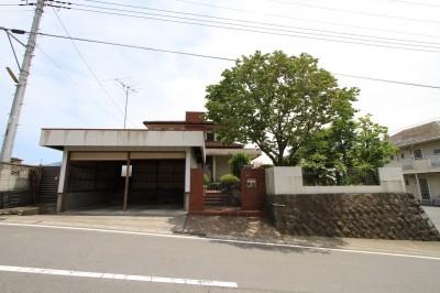 リノベーション前の様子 (木造築30年「フルリノベーション+増築」で二世帯住宅に改築 OUCHI-23)