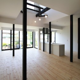 木造築30年「フルリノベーション+増築」で二世帯住宅に改築 OUCHI-23 (2階床を一部撤去して吹抜を作る)