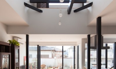木造築30年「フルリノベーション+増築」で二世帯住宅に改築 OUCHI-23 (リノベーション後のリビングダイニング)
