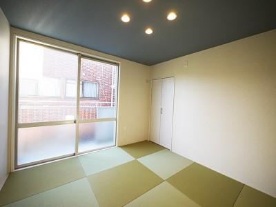 和室 (色彩豊かな南欧風の家)