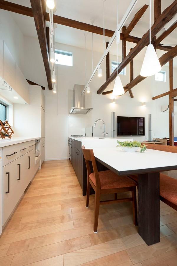 キッチン事例:【キッチンAfter】(光と風があふれる家に『まるごと再生』)