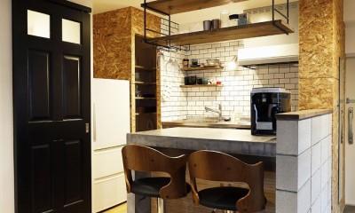 自分らしくビンテージマンションで暮らす (キッチン)