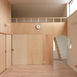 休耕地の家|ロフトタイプの広間3 (休耕地に建つ女性のための住宅)