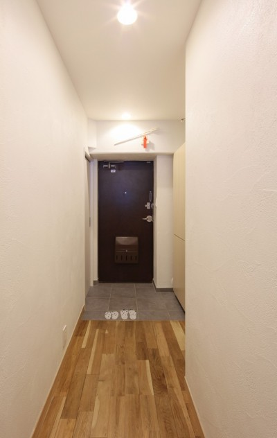 自然素材の家 (玄関)