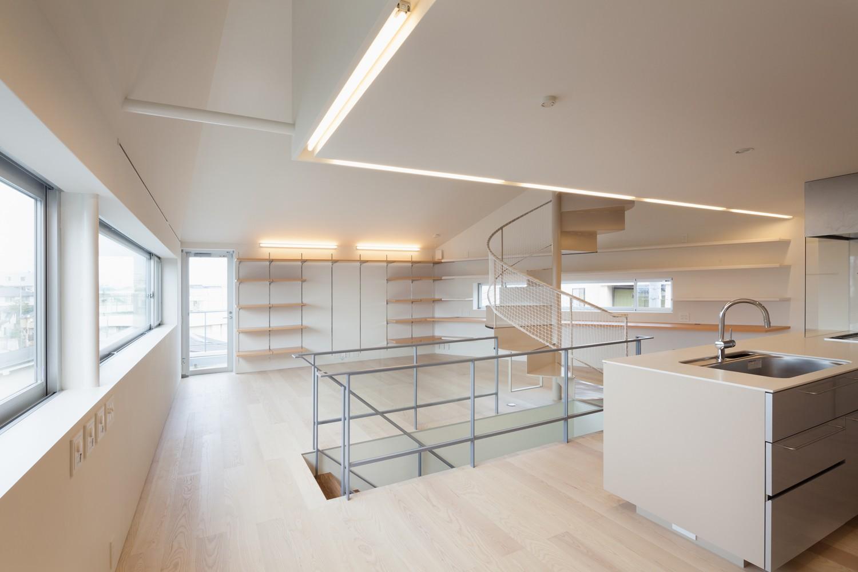 キッチン事例:2階LDKスペース(南馬込の住宅)