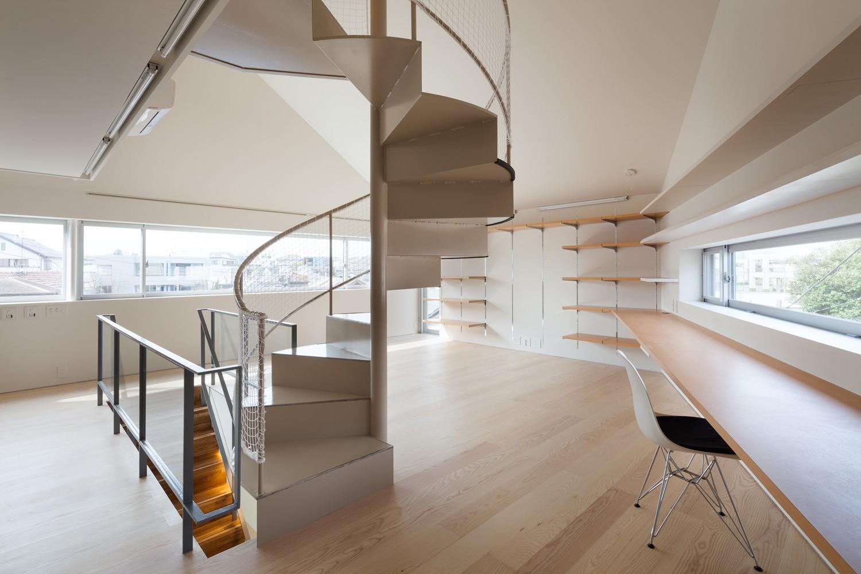 リビングダイニング事例:2階LDKスペース(南馬込の住宅)