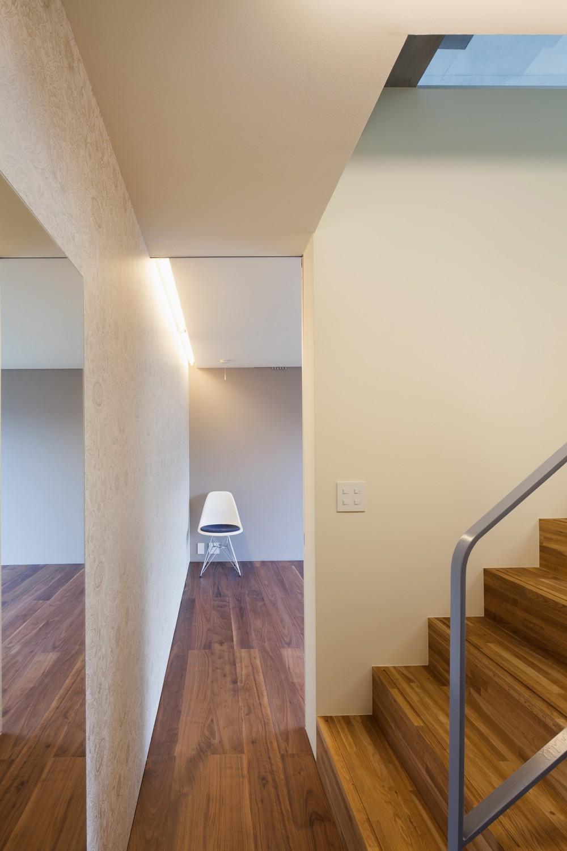 ベッドルーム事例:地下寝室(南馬込の住宅)