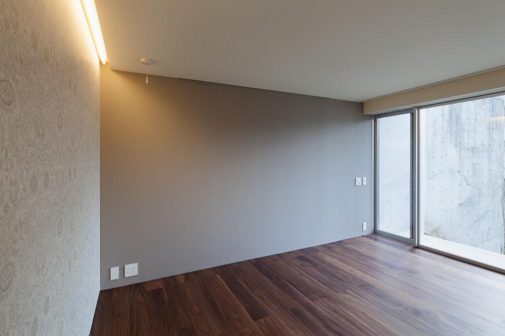 南馬込の住宅 (地下 寝室)