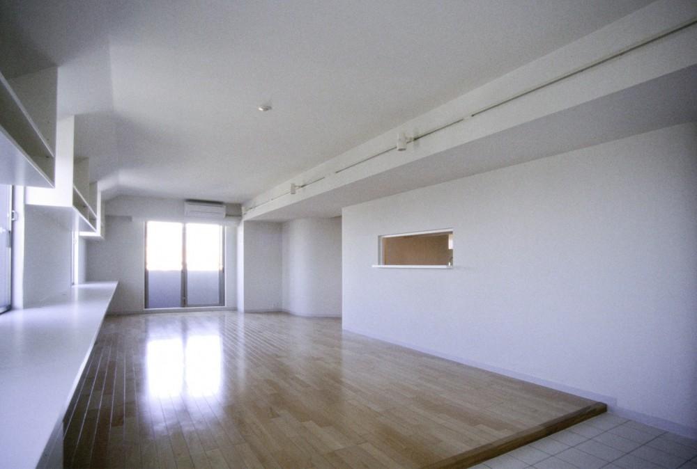 東京中野 ミニマル・シンプルな空間へマンションリノベーション (リビングダイニング)
