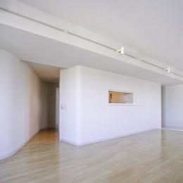 東京中野 ミニマル・シンプルな空間へマンションリノベーション (個室への入り口)