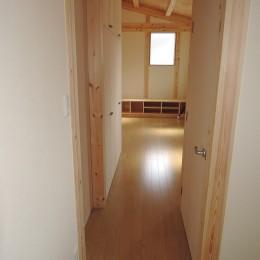 木造平屋建てバリアフリー住宅 (通路)