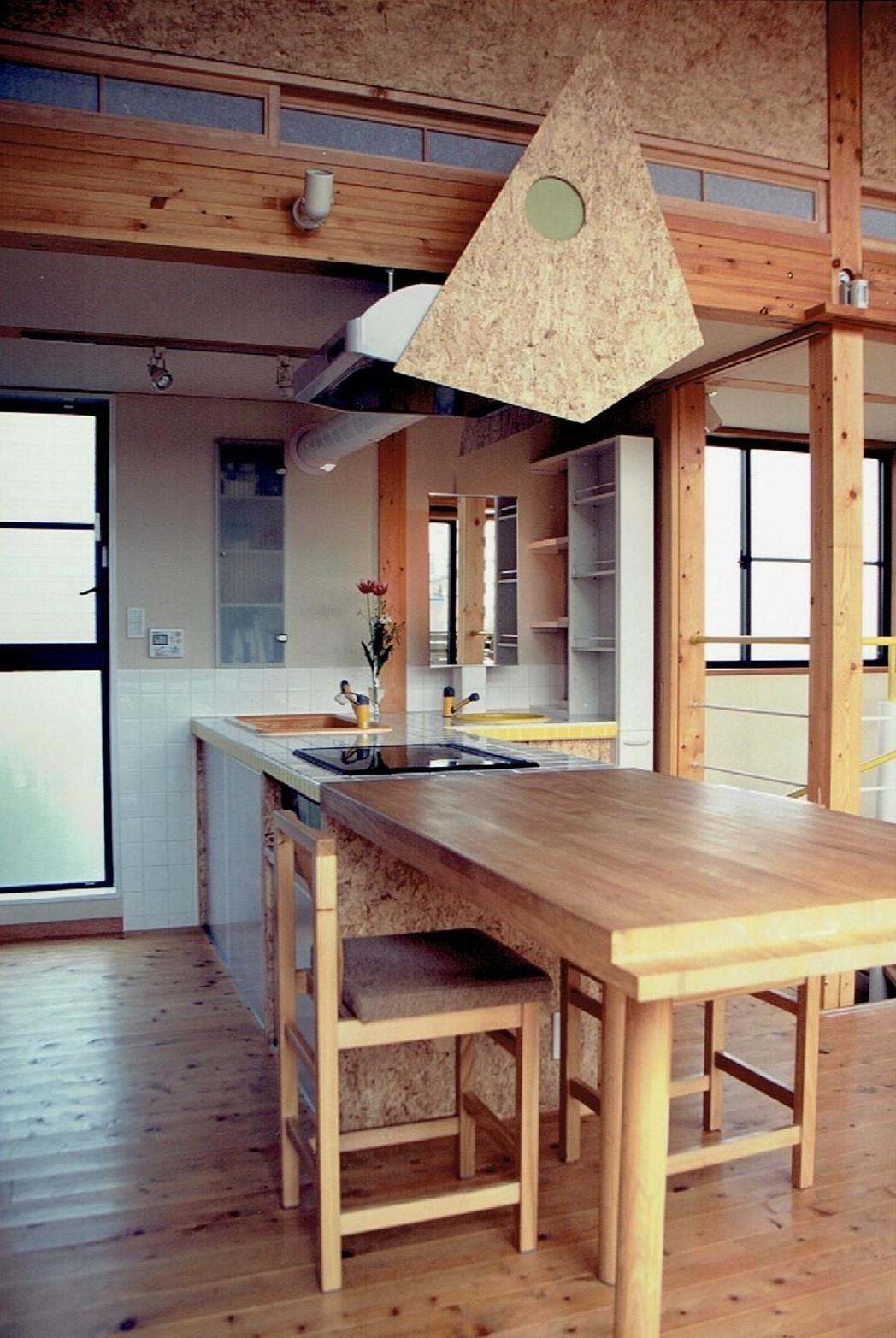 キッチン事例:ダイニング~キッチン~洗面化粧台(家族のびのび大空間:自然素材の家)