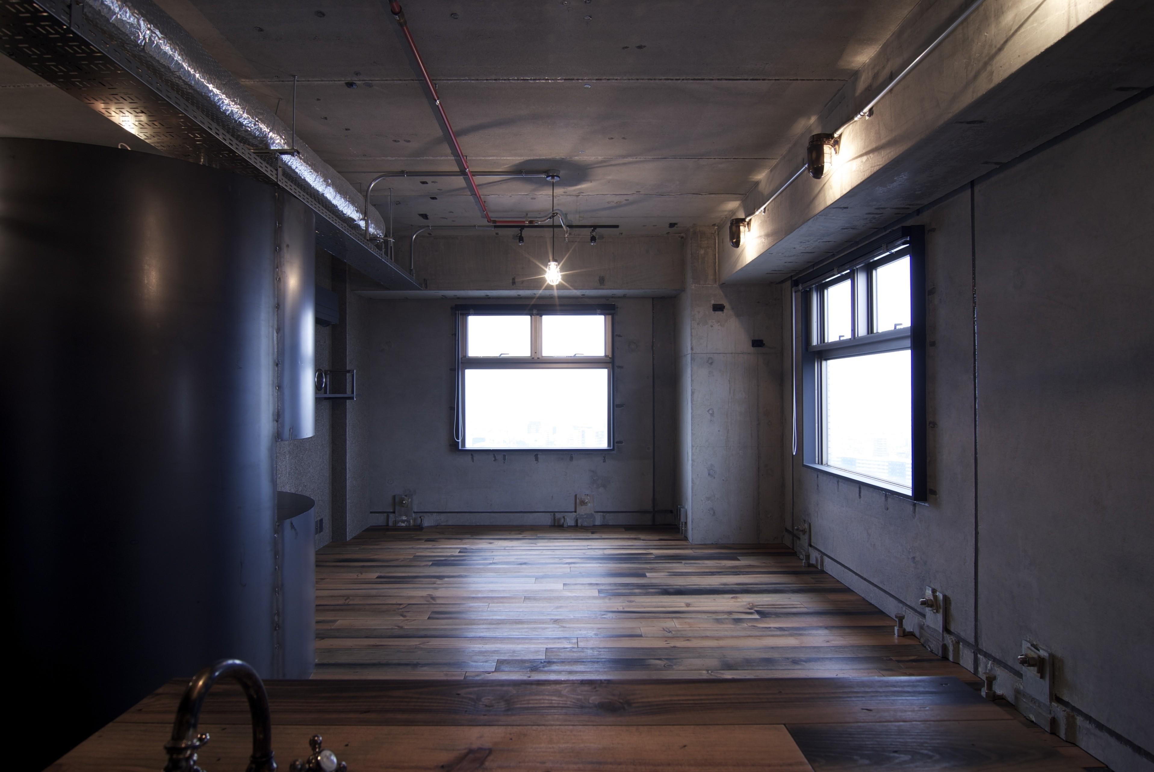 リビングダイニング事例:space1(黒皮鉄板の家〜鉄板で間仕切り壁をつくる〜)