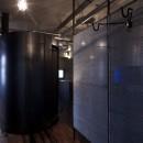 黒皮鉄板の家〜鉄板で間仕切り壁をつくる〜の写真 space2