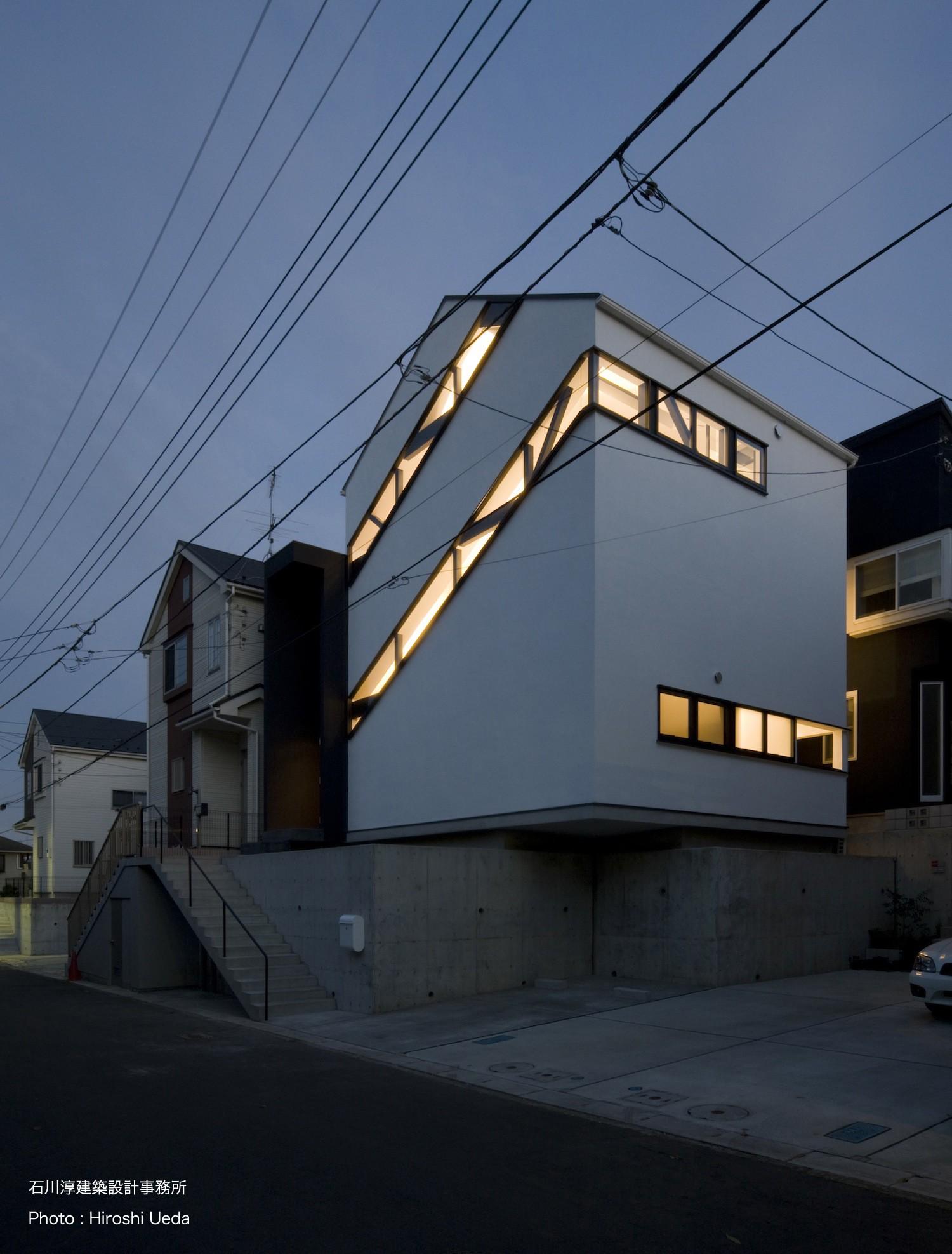 外観事例:斜め窓の家 OUCHI-06(デザイン住宅外観いろいろ)