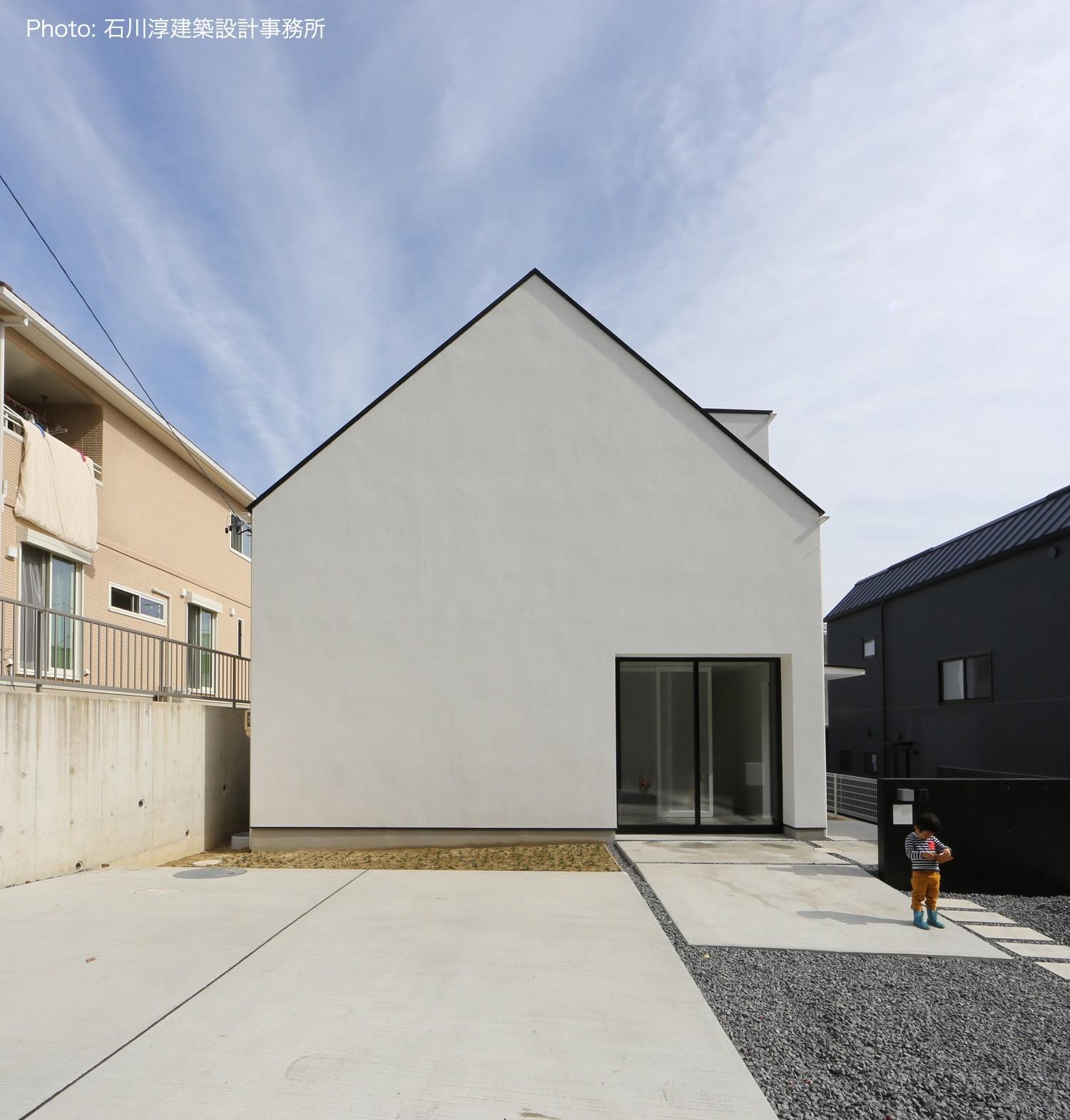 外観事例:愛知 広い土間玄関の家 OUCHI-35(デザイン住宅外観いろいろ)