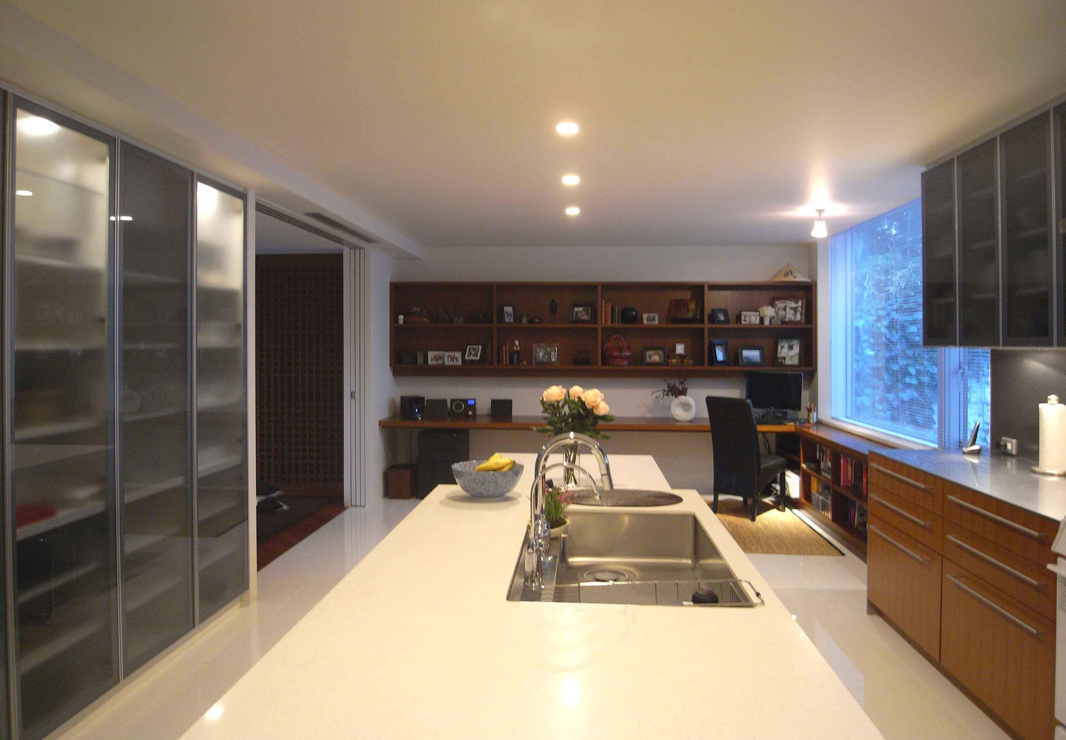 キッチン事例:キッチン(典雅さを目指した広尾の住まい RCビシャン仕上げの外観 シノワズリのインテリア空間)