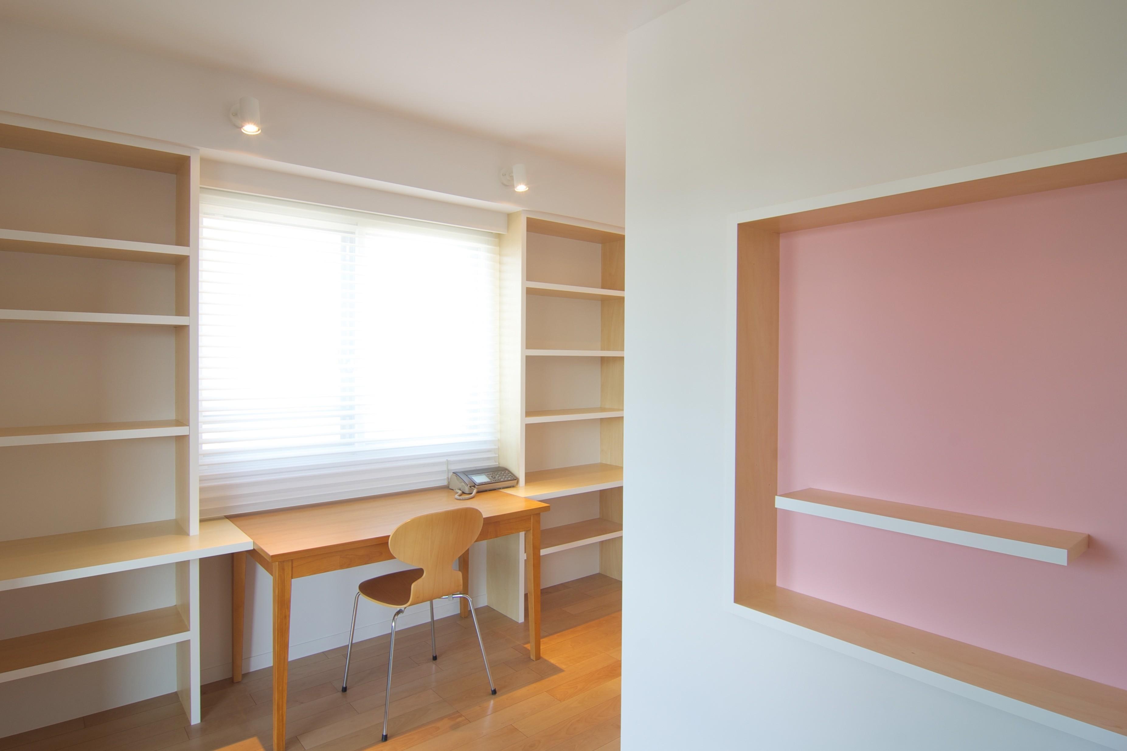 書斎事例:寝室(書斎が3つある家)