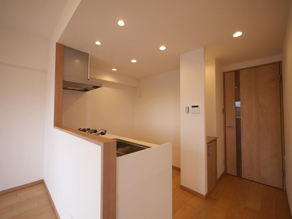 キッチン事例:キッチン(回遊性を活かした洋室に)