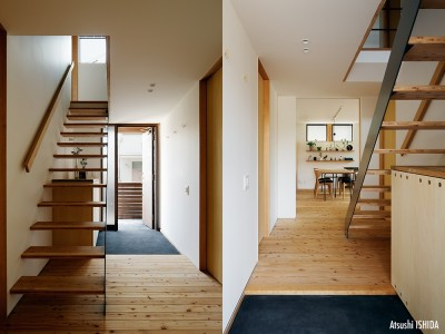 玄関とホール (駒沢公園の家〜倉庫のような外観・柔らかい室内〜)