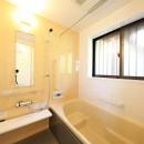 縁側で夏を感じる家の写真 バスルーム