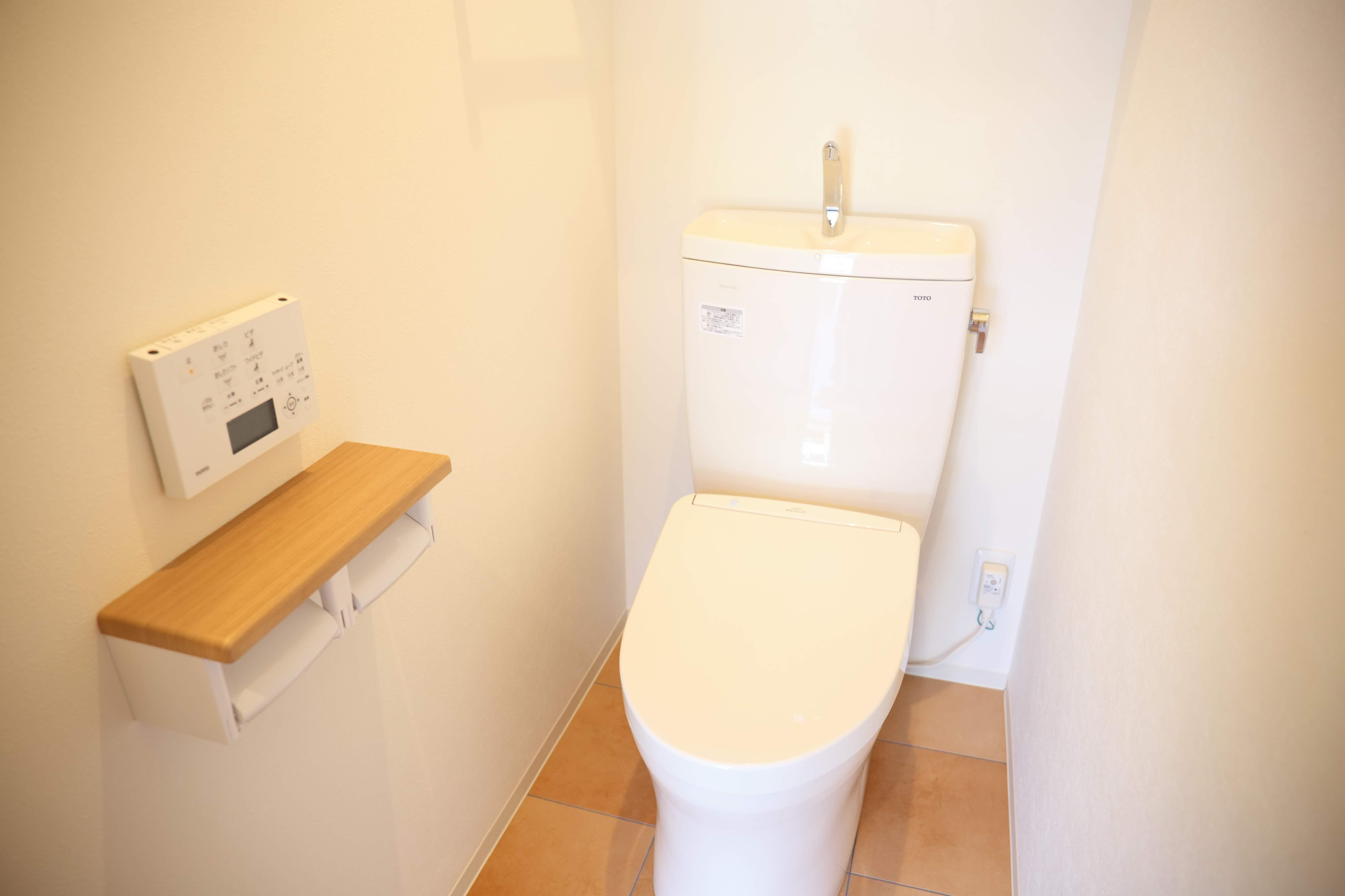 バス/トイレ事例:トイレ(縁側で夏を感じる家)