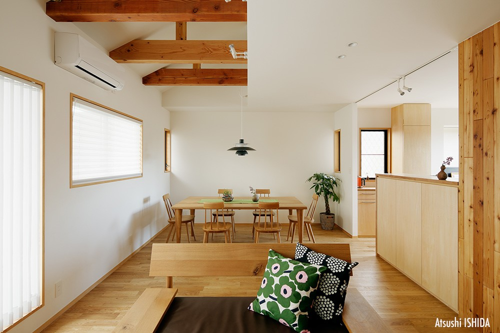 北寺尾の家〜LDKを作るリノベーション〜 (リビングダイニング)