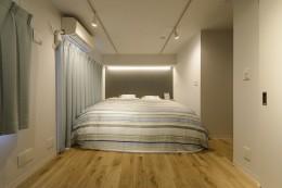 KUROMOKUの家 (ベッドルーム)