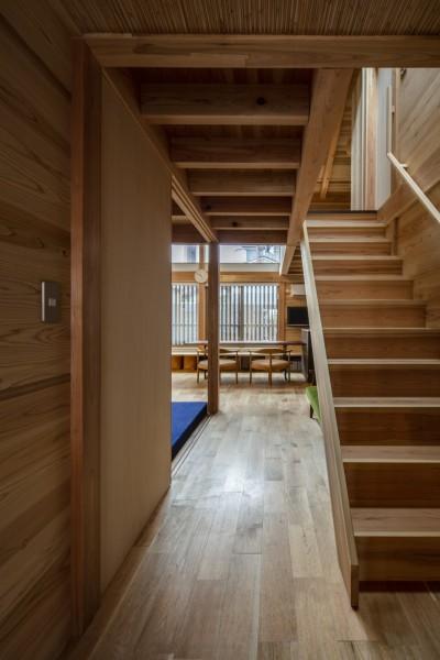 階段・廊下 (東大阪の家)