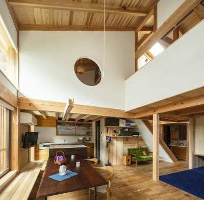 東大阪の家 (ダイニングの天井)