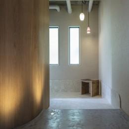 O house (玄関)