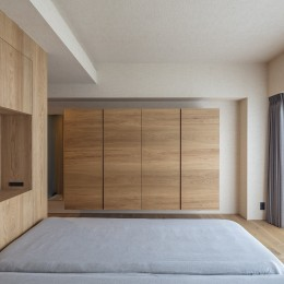 O house (寝室)