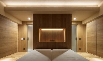O house (寝室夜景)