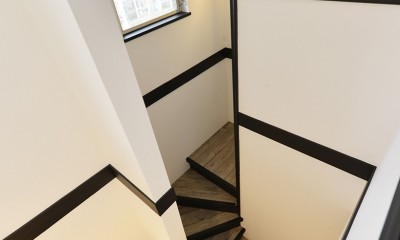 ヴィンテージ調 階段室|長久手市 ヴィンテージ雑貨の似合う戸建リノベーション #ブルックリンスタイル #男前リノベーション