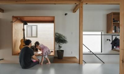 フリースペース|収納家具にプラスαの機能を付けた収納をテーマにした家(野路の家)