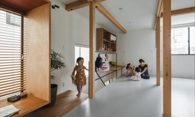 子供室|収納家具にプラスαの機能を付けた収納をテーマにした家(野路の家)