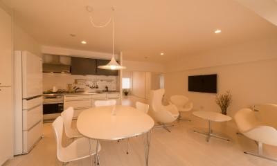 キッチン|大人シックなホワイト・シンプルデザイン
