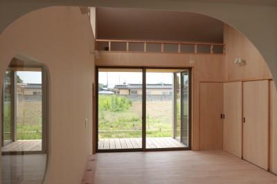 休耕地の家|ロフトタイプの広間4 (休耕地に建つ女性のための住宅)