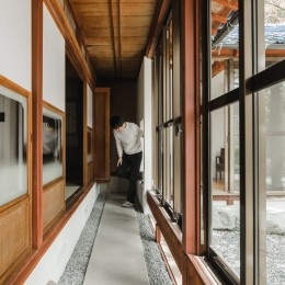 古民家カフェみたいな日本家屋リノベーション(下戸山の家リノベーション) (縁側)