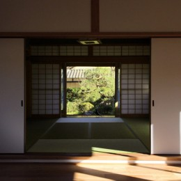 日本家屋の平屋をアンティークにリノベ(信楽の家リノベーション) (和室)